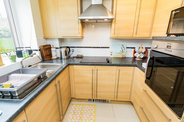 Thumbnail Property for sale in Arnoldfield Court, Gonerby Road, Gonerby Hill Foot, Grantham