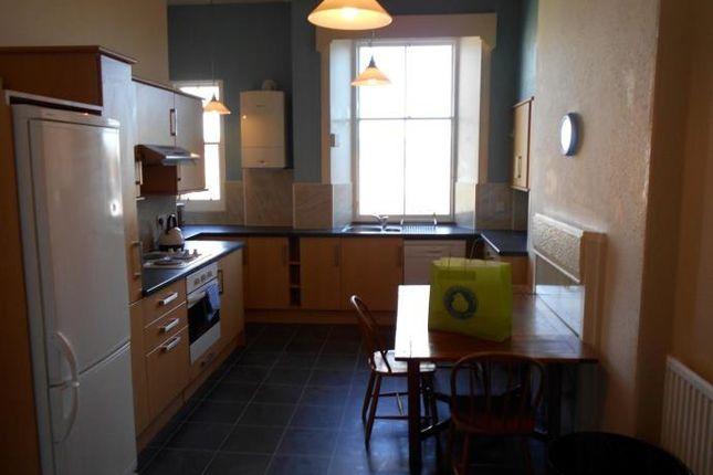 Thumbnail Flat to rent in Strathearn Road, Edinburgh