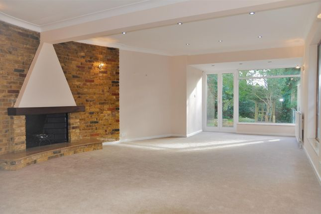 Thumbnail Bungalow to rent in Fallowfield, Stanmore