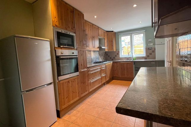Thumbnail Property to rent in Alpha Road, London