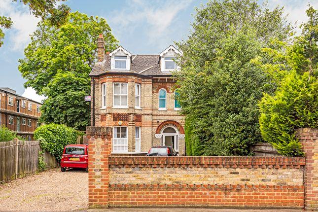 Flat for sale in Hanworth Road, Hampton