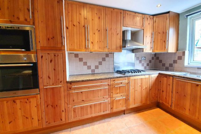 Thumbnail Terraced house to rent in Alpha Road, London