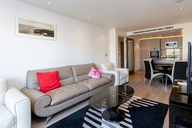 Flat to rent in Doulton House, Fulham