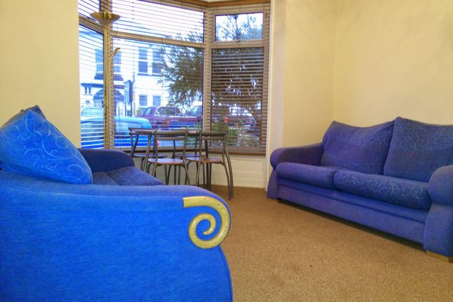 Thumbnail Maisonette to rent in Southcote Road, Bournemouth