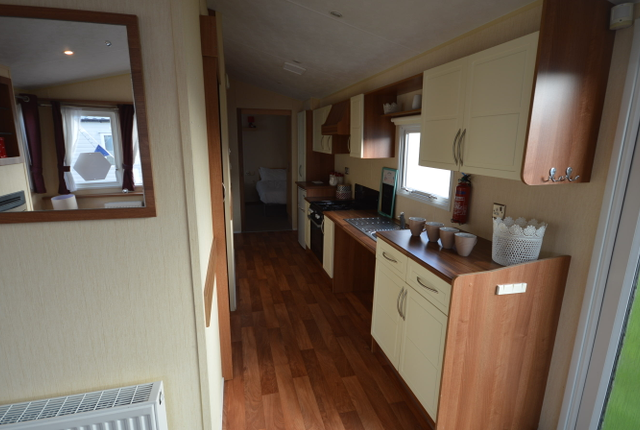 The Willerby Rio Gold Boasts A Stunning Lounge Area With Ample Space For All The Family To Gather Together At The End Of A Long Day. The Classic Galley Kitchen Has All The Appliances To Make This Caravan A Home From Home.