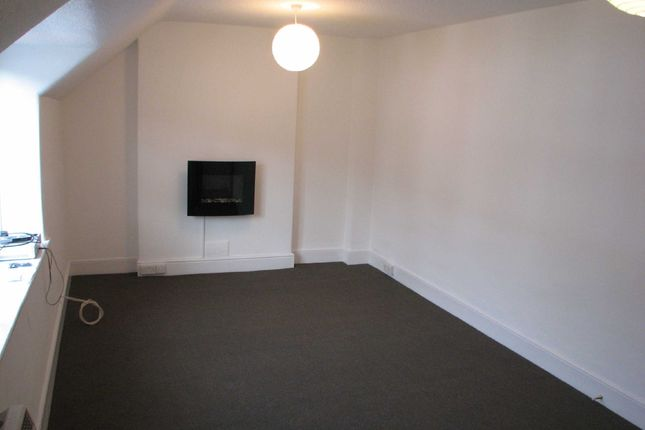 Thumbnail Flat to rent in Queen Street, Bude