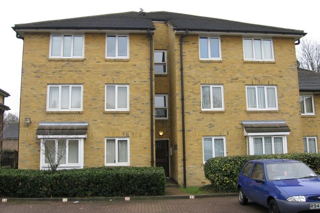 Thumbnail Flat for sale in Malyons Road, Lewisham