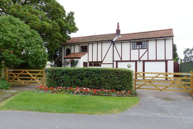 Thumbnail Detached house for sale in Brampton, Lincoln
