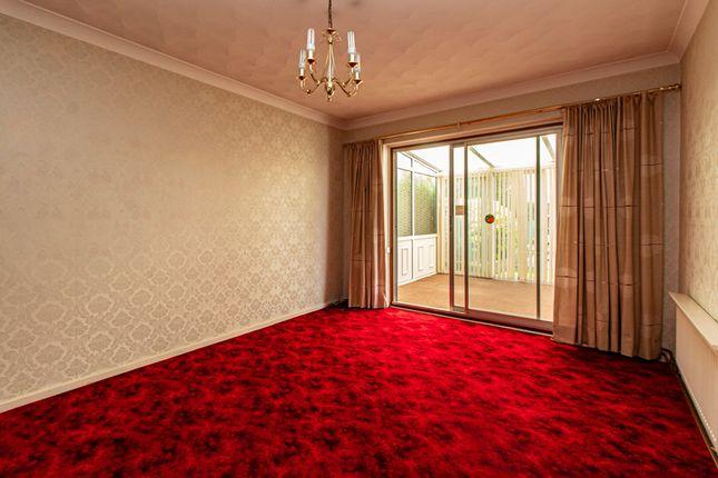 Lounge of Nutcombe Crescent, Rochford SS4