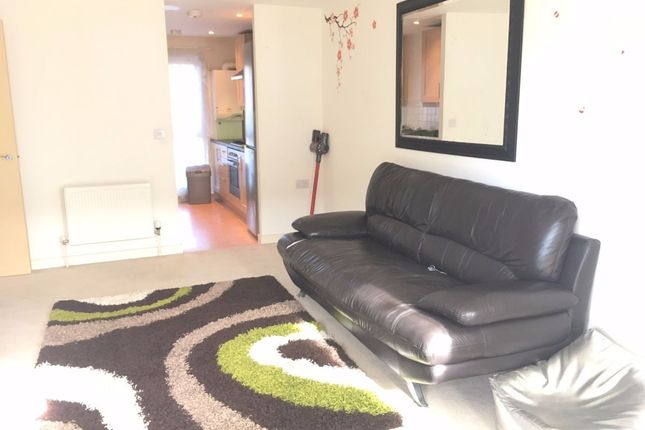 Thumbnail Flat to rent in Lewin Terrace, Bedfont, Feltham