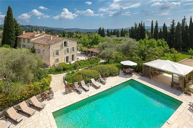 Thumbnail Villa for sale in Outstanding 'bastide', Grasse, Provence, Provence, France
