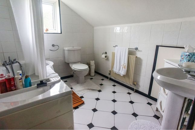 Bathroom Two of Stainton By Langworth, Lincoln LN3