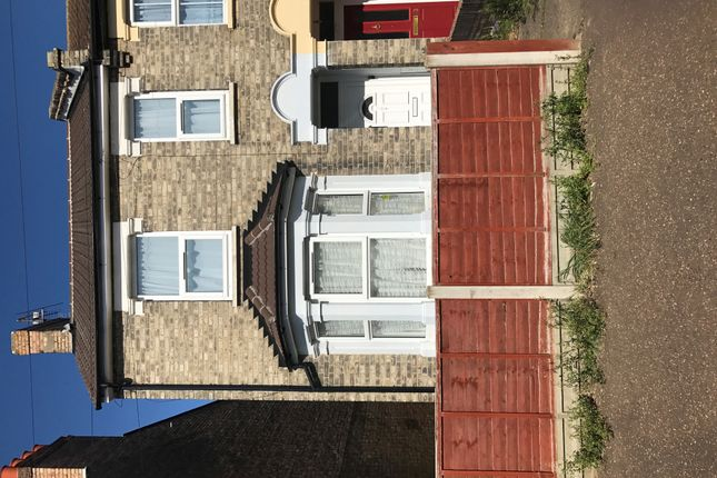 Thumbnail Semi-detached house to rent in Dudley Road, Clacton-On-Sea