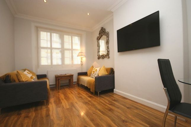 Thumbnail Cottage to rent in Young Street Lane South, New Town, Edinburgh