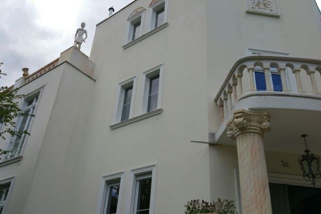 Thumbnail Villa for sale in Zehlendorf, Berlin, Brandenburg And Berlin, Germany