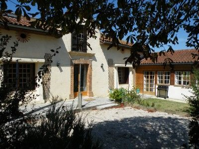 4 bed property for sale in Cazaux-Villecomtal, Gers, France