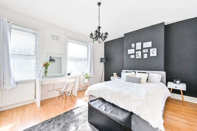 Thumbnail Terraced house for sale in Cheshire Road, Bowes Park, London