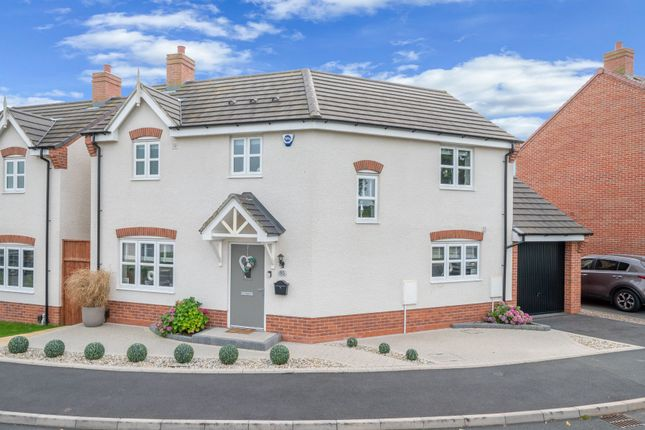 3 bed detached house for sale in Burnham Road, Wythall, Birmingham B47