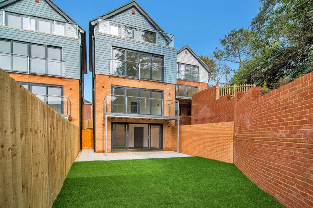 Thumbnail Detached house for sale in Ledgard Close, Lower Parkstone, Poole