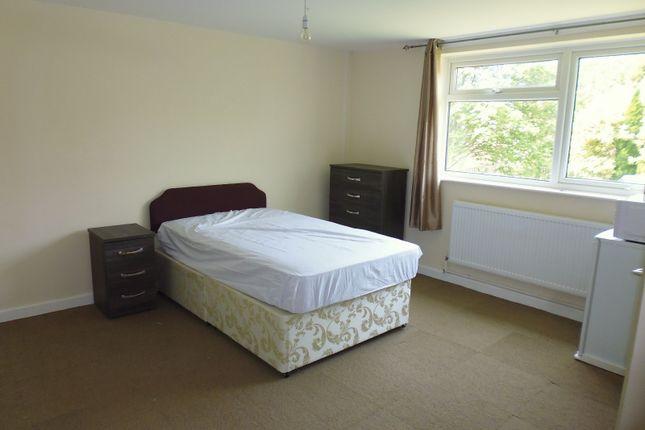 Thumbnail Studio to rent in Church Street, Oakengates, Telford, Shropshire