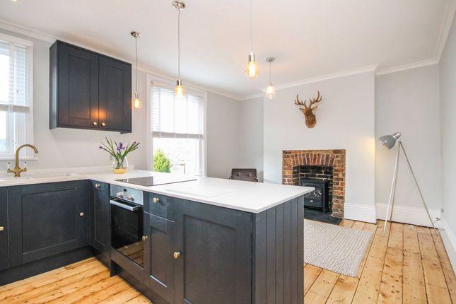 Thumbnail Flat to rent in South Grove, Tunbridge Wells
