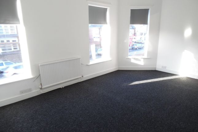 Thumbnail Flat to rent in Linden Street, Mansfield