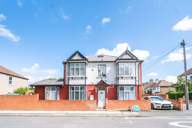 Thumbnail Property to rent in Cavendish Road, Colliers Wood, London