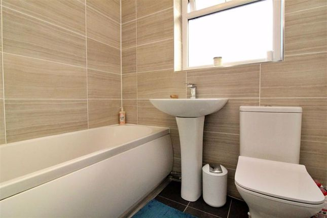 Bathroom of Lancaster Avenue, Great Eccleston, Preston PR3