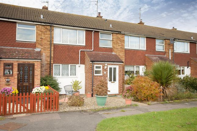Thumbnail Terraced house for sale in Stratton Green, Aylesbury
