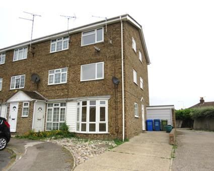 Thumbnail Property to rent in Periwinkle Close, Sittingbourne