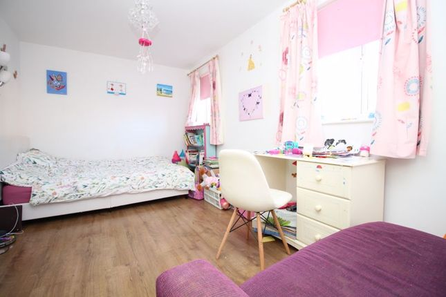 Bedroom of Pomeroy Crescent, Hedge End, Southampton SO30