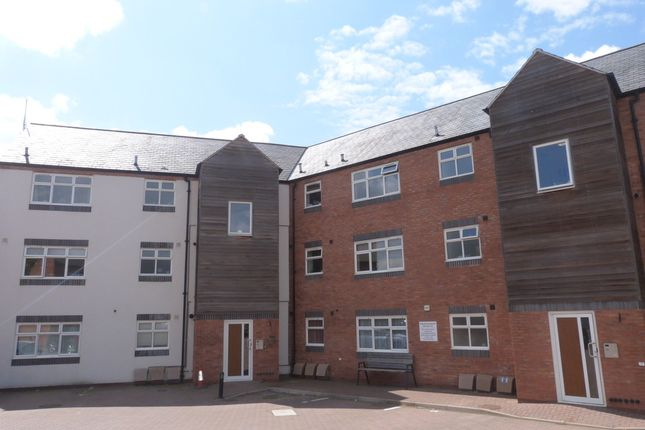 Thumbnail Flat to rent in Diglis Road, Worcester