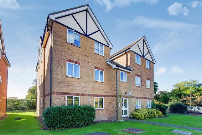 1 bed flat for sale in Bridgewater Close, Slough SL3