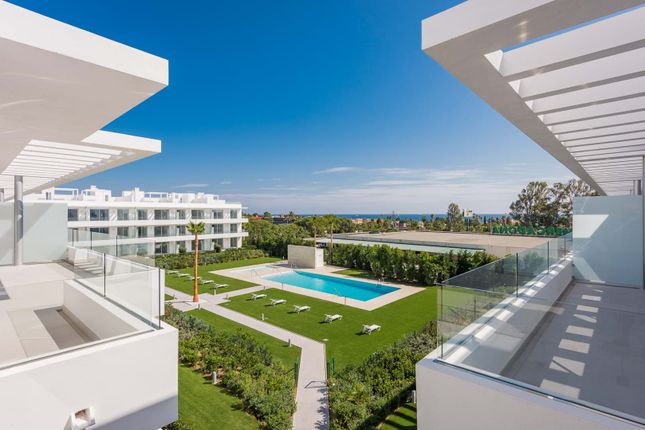4 bed apartment for sale in Belaire, Estepona, Malaga Estepona