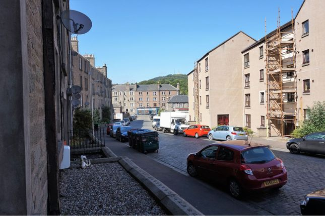 Street Scene of Forest Park Road, Dundee DD1