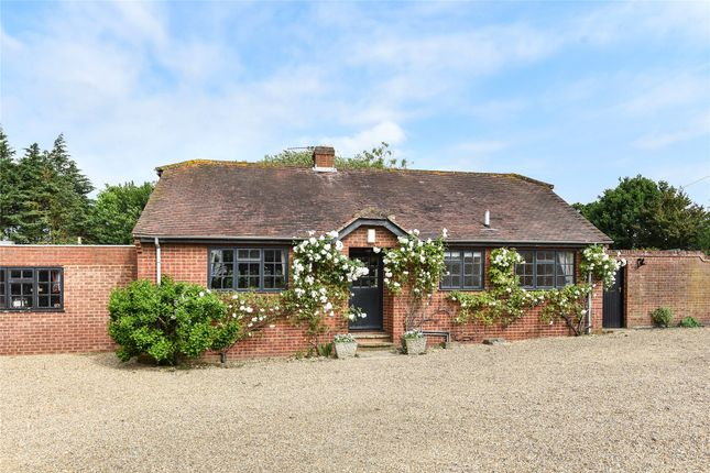 Thumbnail Detached bungalow to rent in Nutbean Lane, Swallowfield, Berkshire