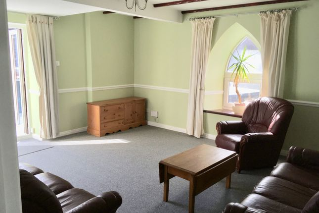 Thumbnail Flat to rent in Newport, Callington