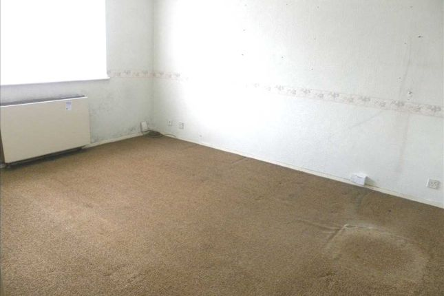 Lounge of Hill Rise, Langley, Slough SL3
