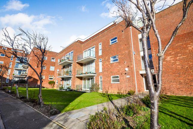 Thumbnail Flat to rent in Cookham Dene, Buckhurst Road, Bexhill On Sea