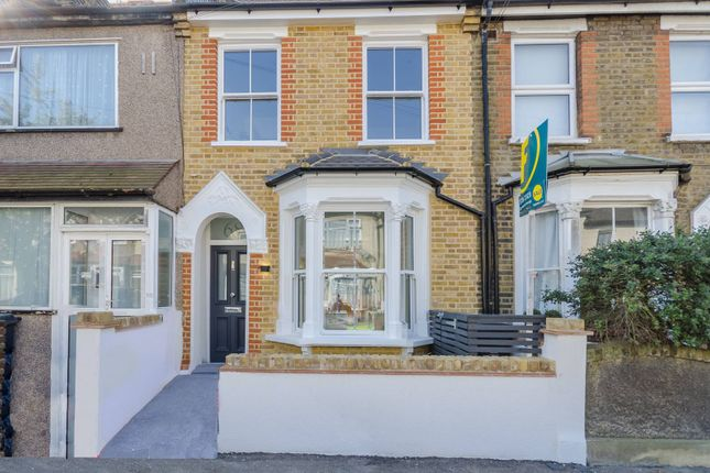 Thumbnail Property to rent in Lancaster Road, Walthamstow