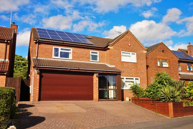 Thumbnail Detached house for sale in Hunters Gate, Gloucester