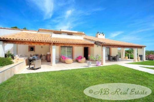 Thumbnail Villa for sale in Route De Nîmes, France