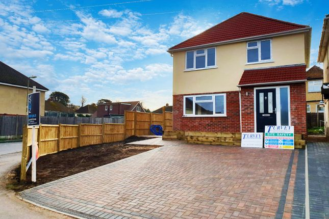 Thumbnail Detached house for sale in Serpentine Road, Widley, Waterlooville