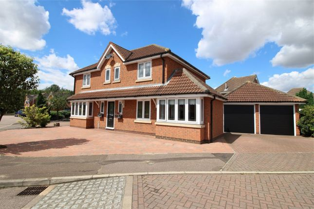 Thumbnail Detached house for sale in Lingmoor, Huntingdon