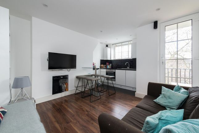 Thumbnail Flat for sale in Union Grove, London