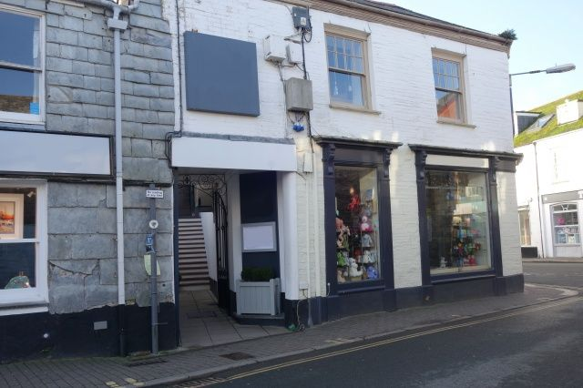 Thumbnail Commercial property for sale in The Strand, Padstow