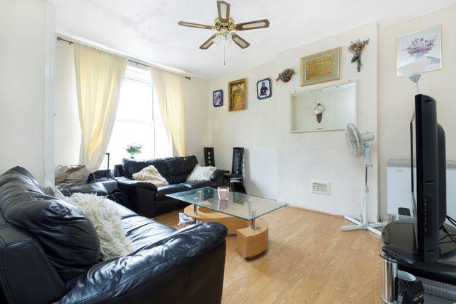 Thumbnail Flat to rent in Tanners Hill, London