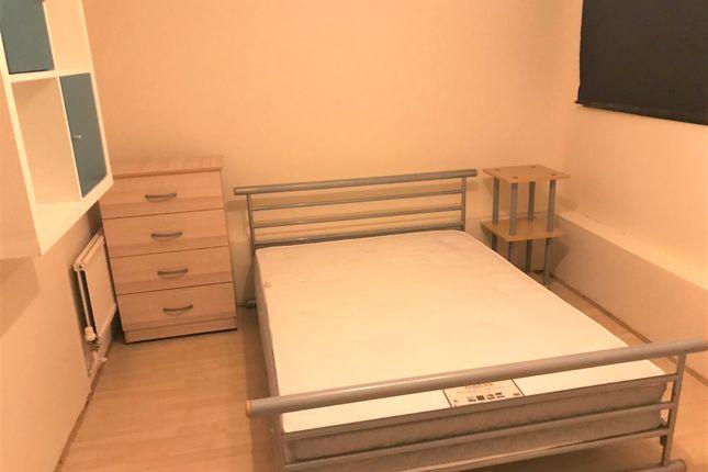 Bedroom 3 of Chandler Street, London E1W