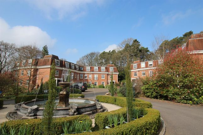 Front of Shottermill Park, Hindhead Road, Haslemere GU27