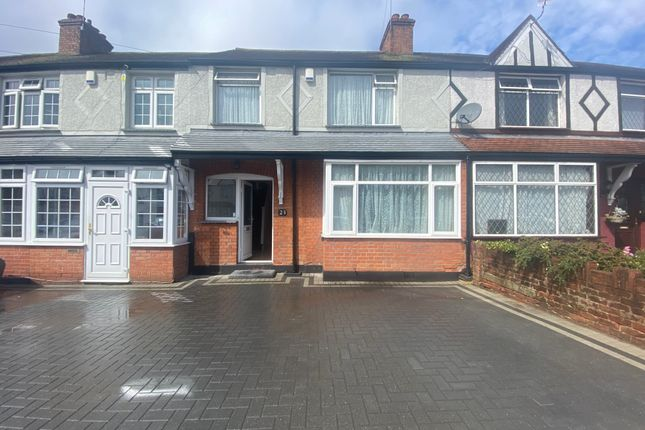 Thumbnail Terraced house to rent in Parkfield Avenue, Hillingdon